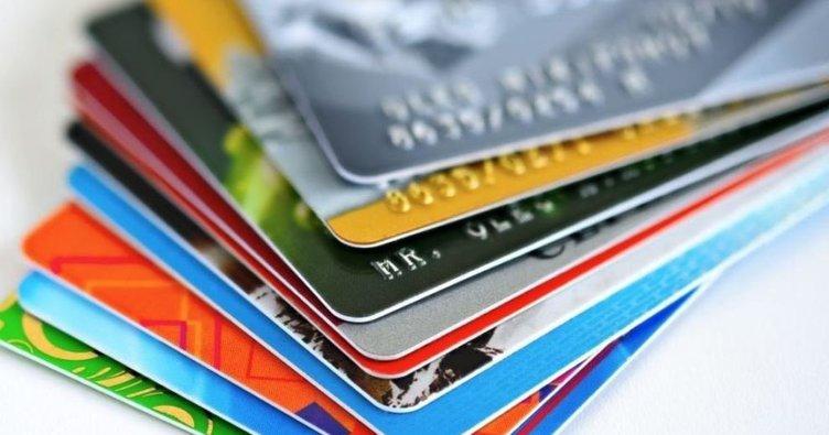 Gelir Belgesiz Kredi Kartı Veren 7 Banka (KESİN ONAYLI)
